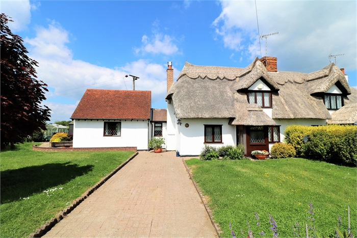 2 Taborsfield Cottages, Stebbing Road, Bardfield Saling, Essex, CM7 5DY